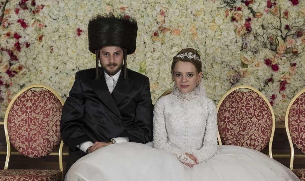Unorthodox Deals With the Theme of Love, Freedom and Narrow Hasidim Tradition
